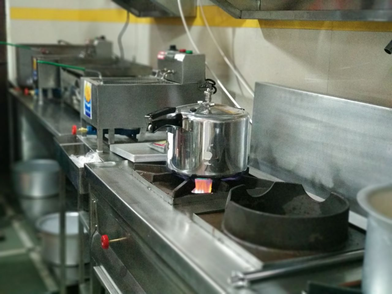 Profitable Cloud Kitchen Business Available for Sale in Mumbai Posh Area