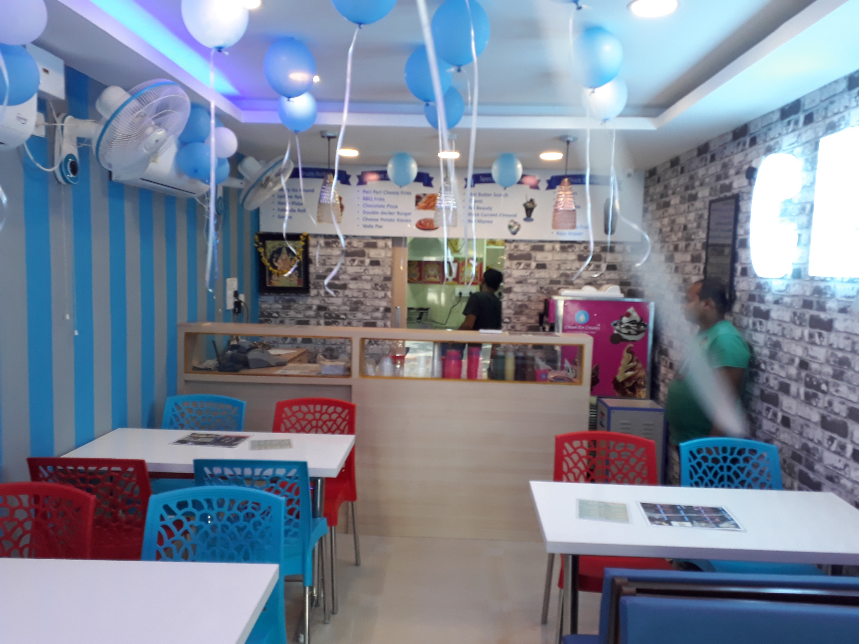 Running Ice Cream Parlour and Fast Food Joint for Sale in Chennai