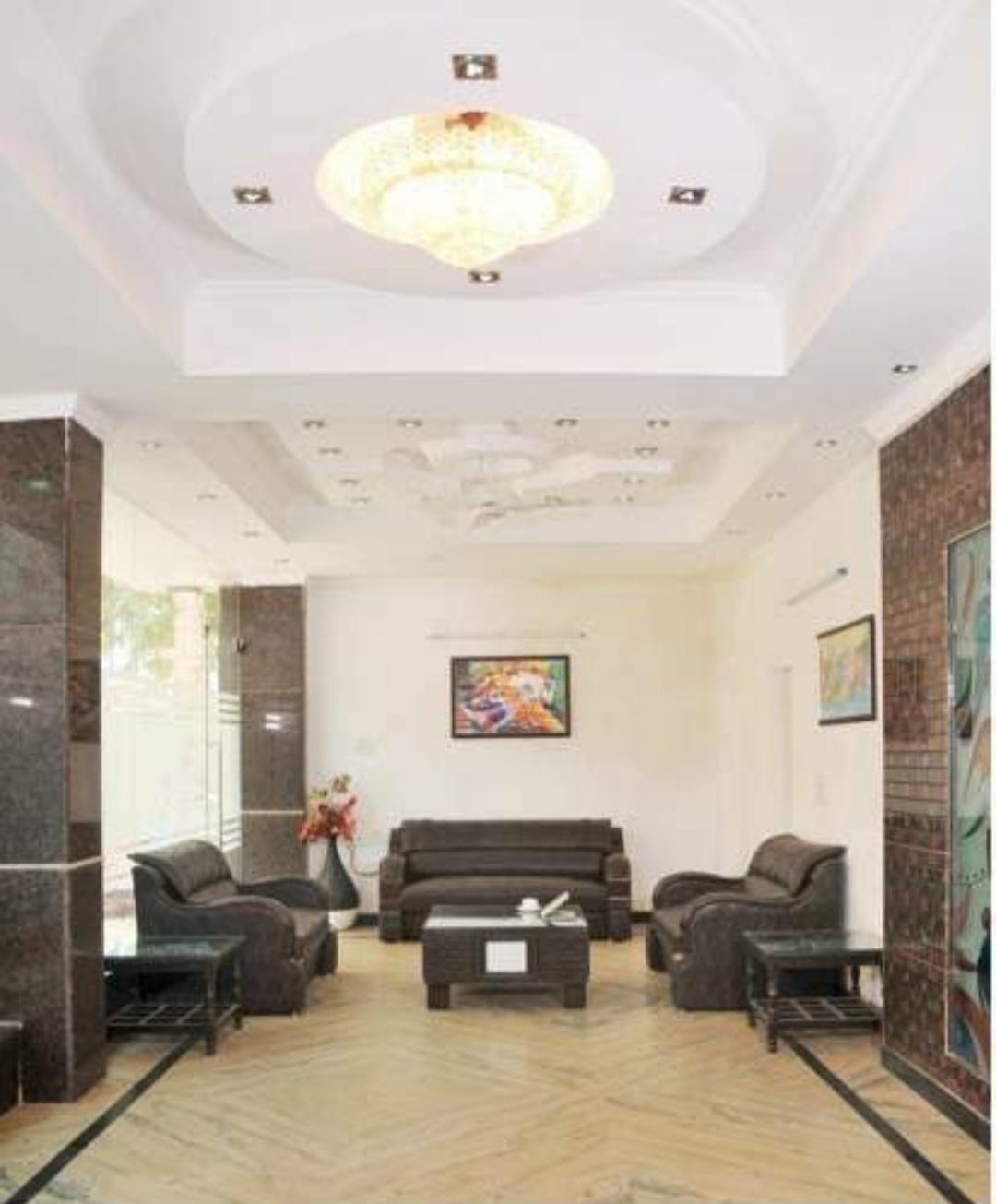 38 bedroom hotel for sale in paharganj, Delhi