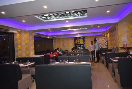 A Profitable Restaurant for Sale in Naroda, Ahmedabad