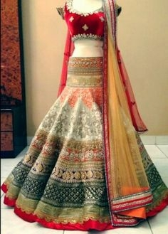 Ladies Suit, Saree and Lehnga Retail Shop for Sale in Delhi