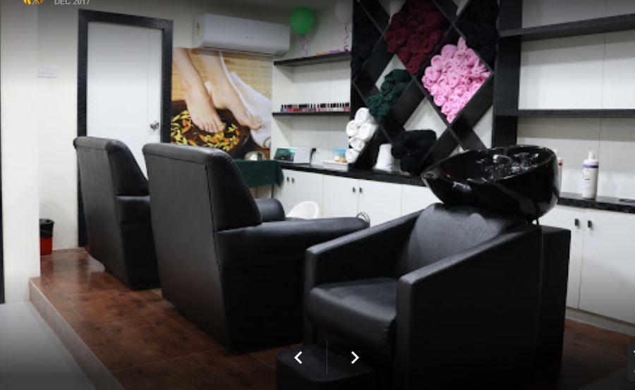 Running Unisex Spa and Salon for sale in Vijayawada