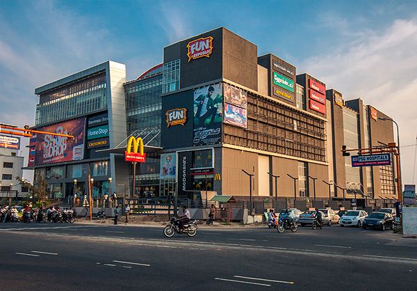 A Operational Mall in New Coimbatore  with lead multi brand anchors, 5 Theaters  Food court and Specialty Restaurant , Gaming & Leisure etc,