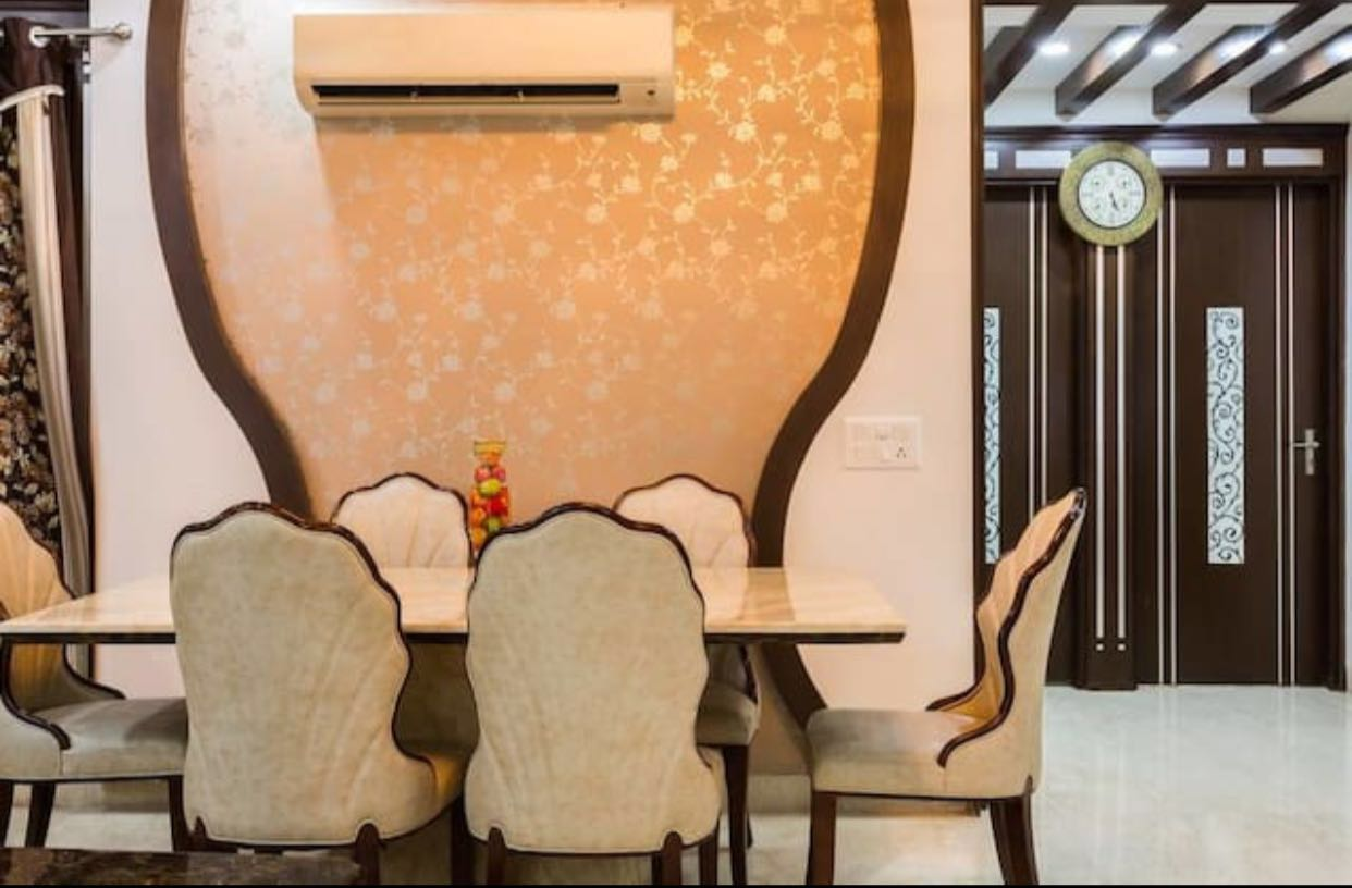 Luxurious Guesthouse for Sale in Delhi