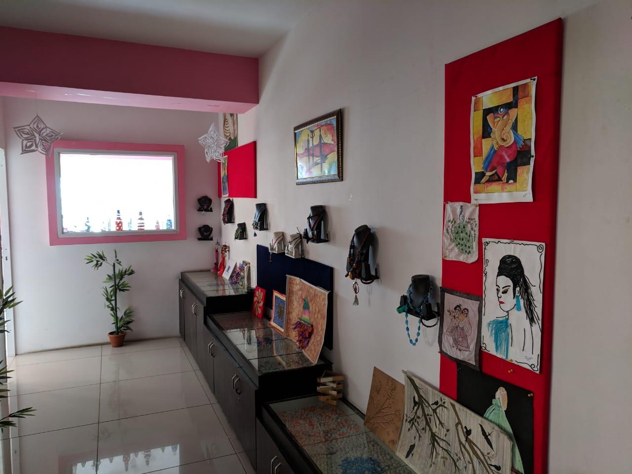 Interior, Fashion, Web & Graphic Design Training Institute for Sale in Bangalore