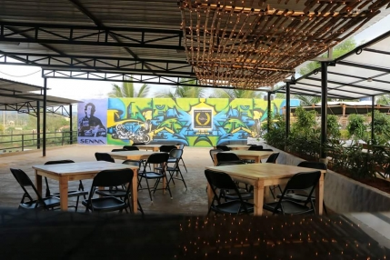 Highly rated and very good cafe for sale near Bangalore