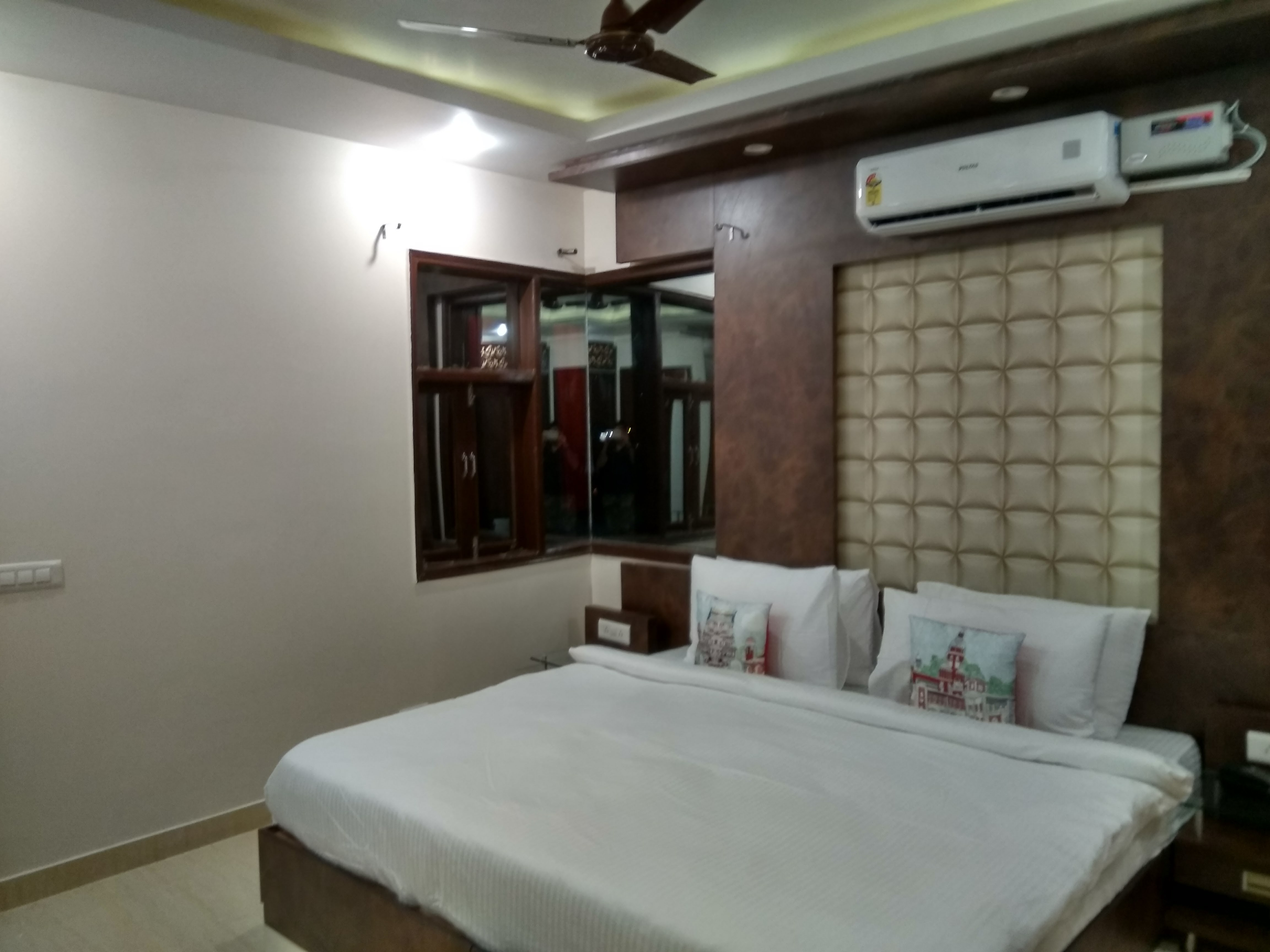 Luxurious Guest House for Sale in Gurgaon
