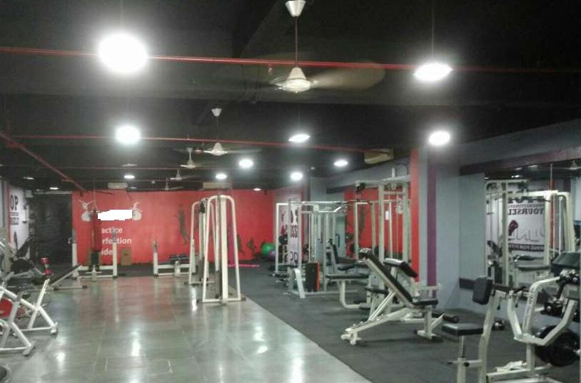 Running Gym for Sale in Goregaon, Mumbai