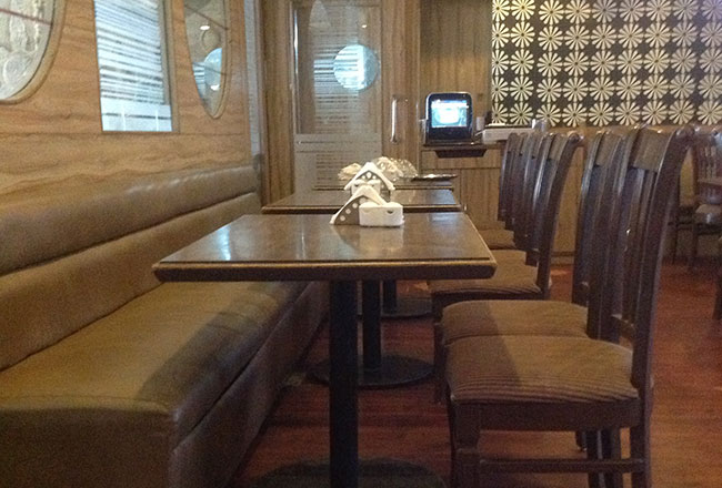 Running Restaurant & Bar for sale in Mumbai