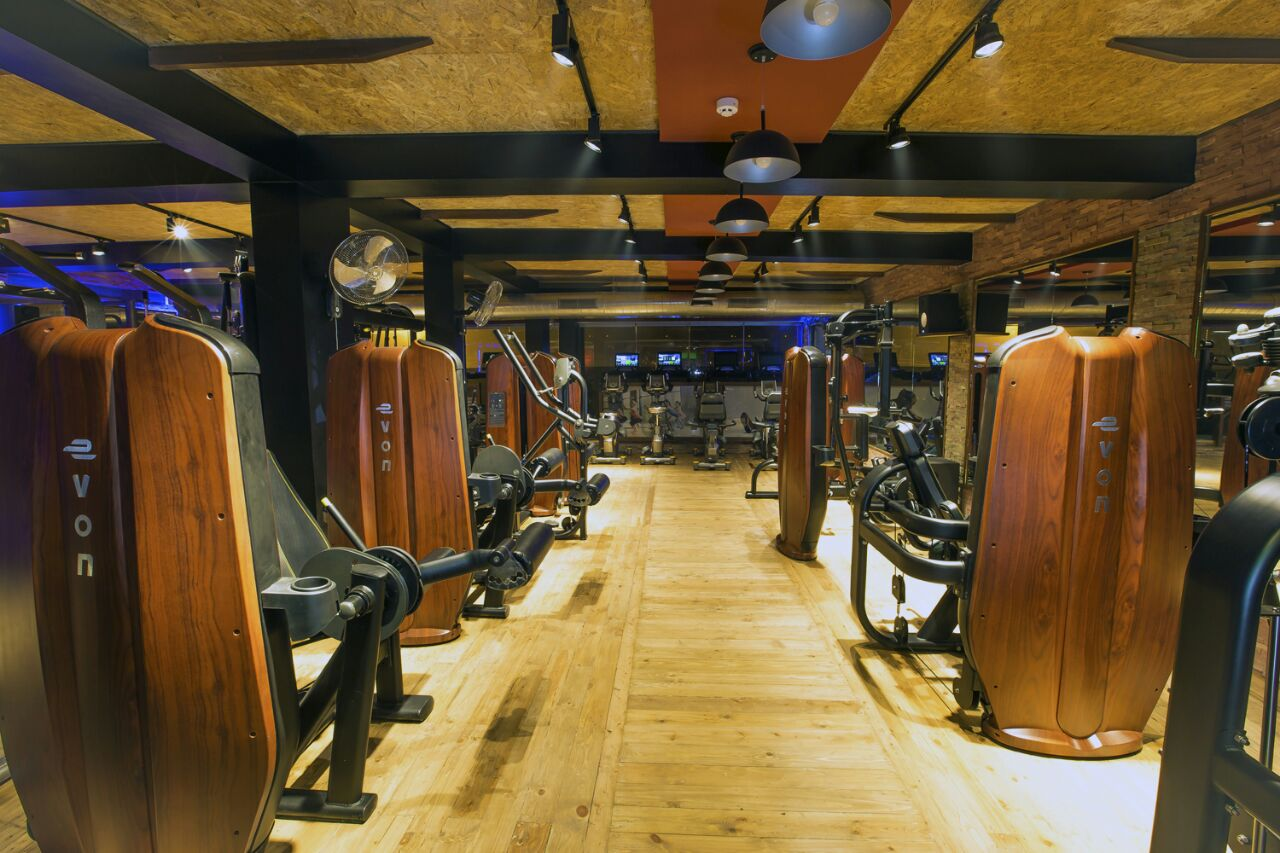 Hitech Modern Fully Equipped New Gym for Sale in Gurugram