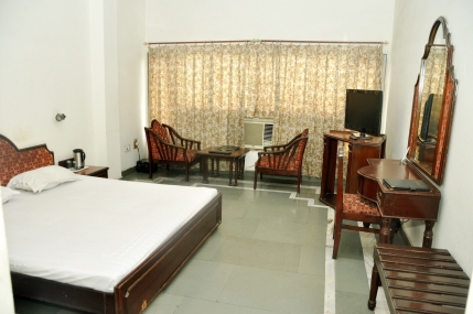 3 star Hotel for Sale in Bahadurgarh, Haryana