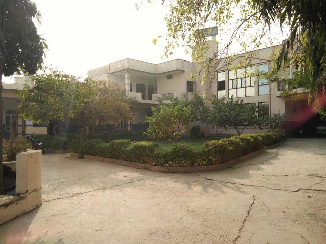 Multi Speciality Hospital for Sale or lease in Agra