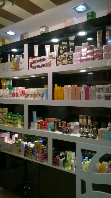 Well Established Cosmetics Shop for Sale in Ghaziabad