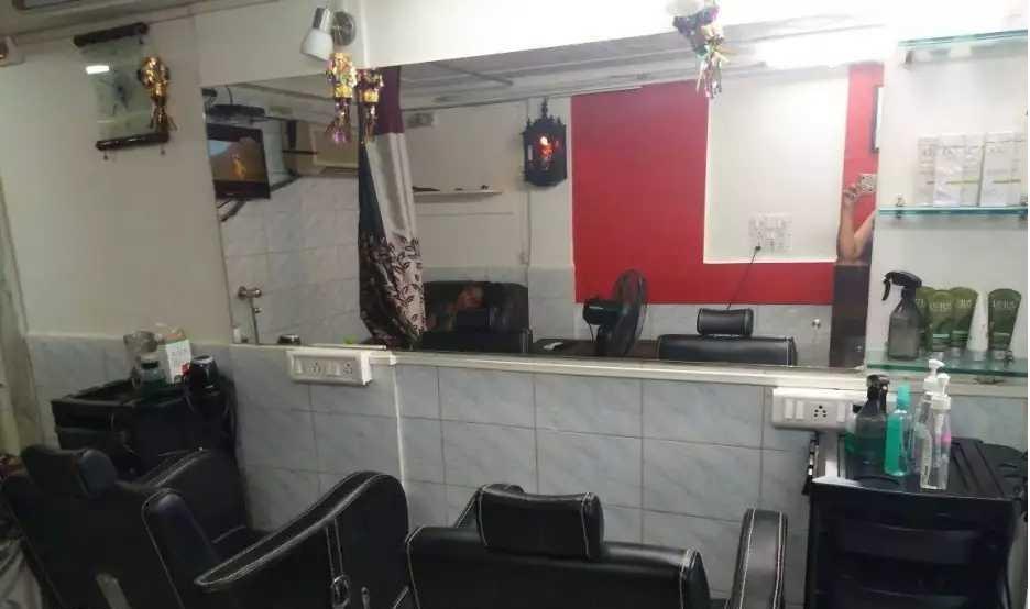 Ladies Salon for Sale in Mumbai