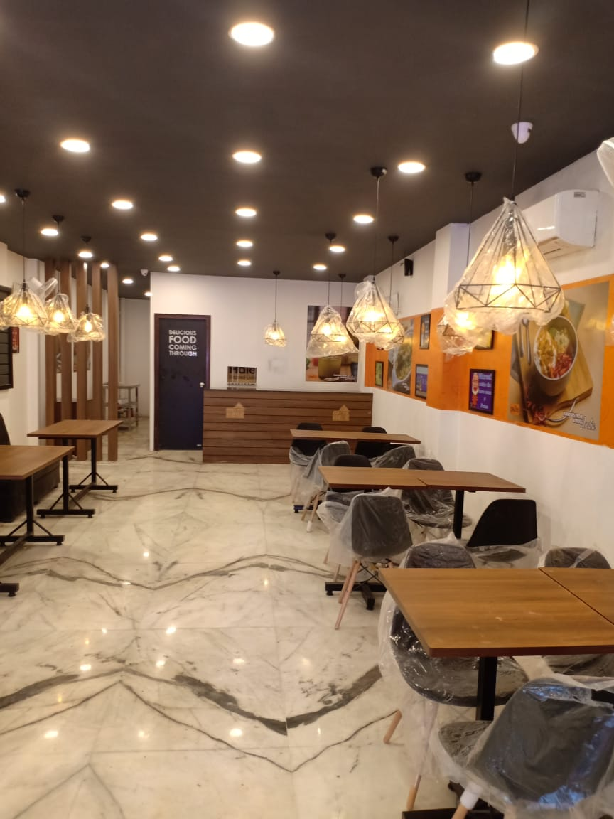 Well Reputed Quick Service Restaurant Franchise Looking for Full Sale/investment Partner in Kanpur