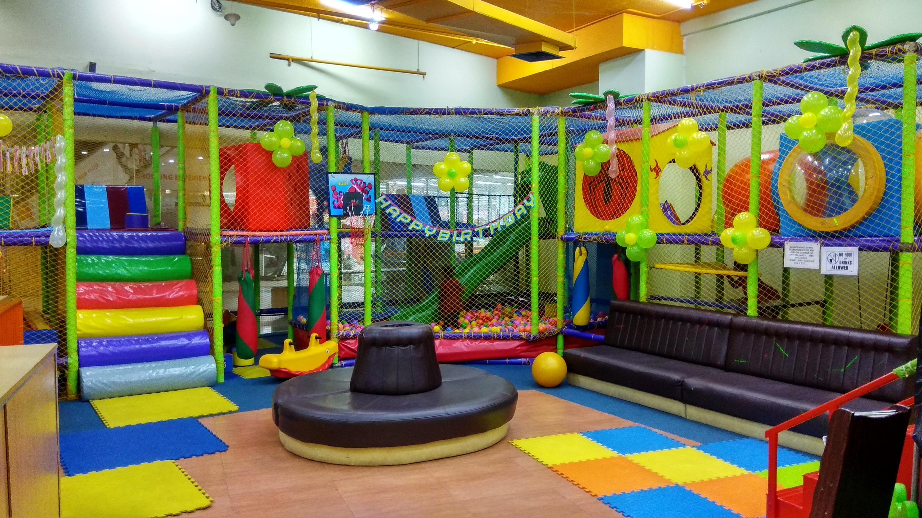 Children Indoor Play & Party Area