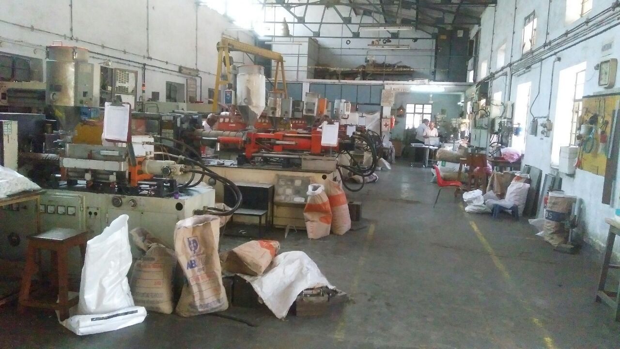 Profitable Running Plastic Molding Unit for Sale in Lonavla Midc.