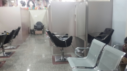 Profitable Beauty Care Salon Chain for Sale in Chennai