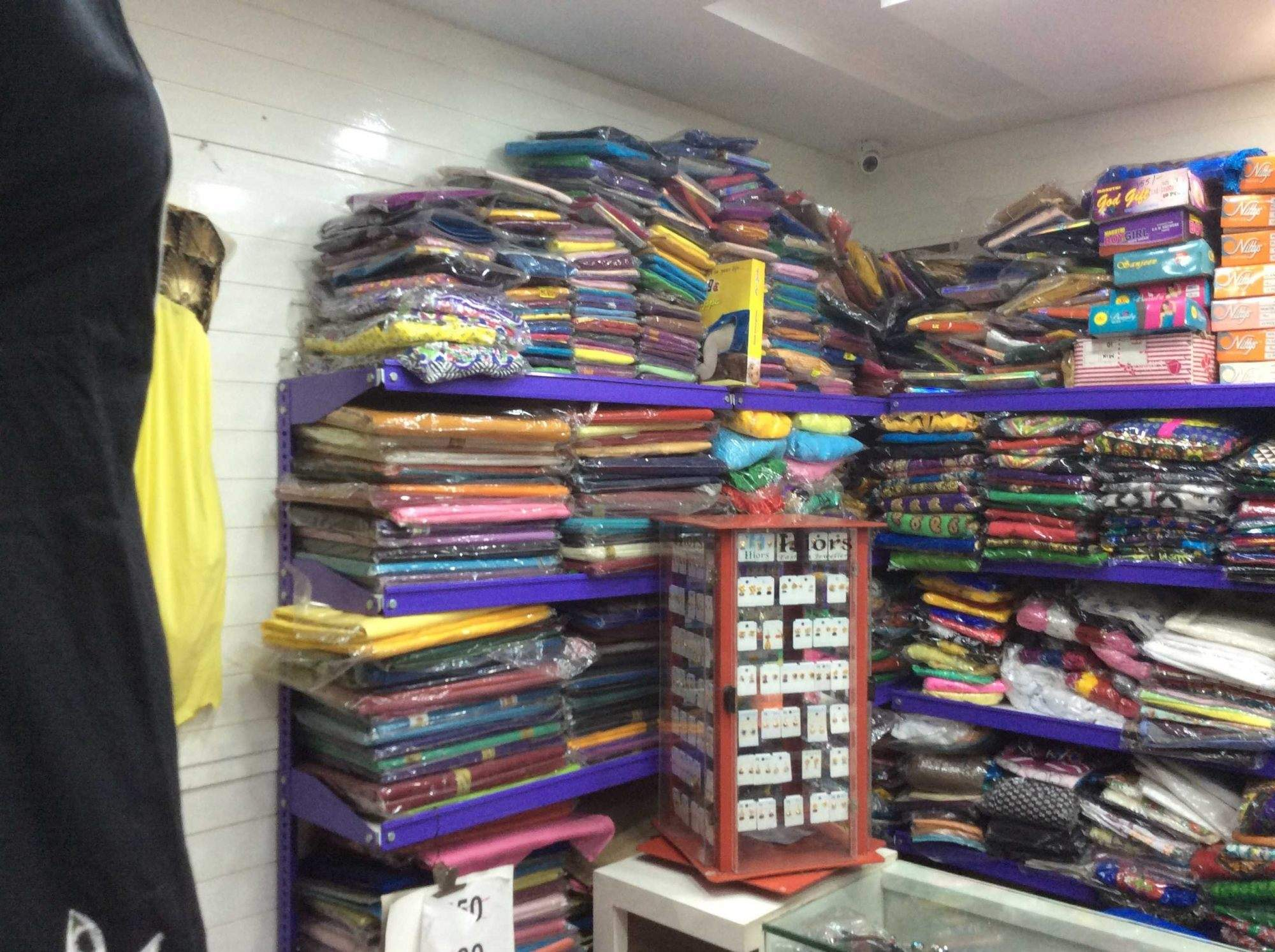 Running Garment Store for Sale in Chennai