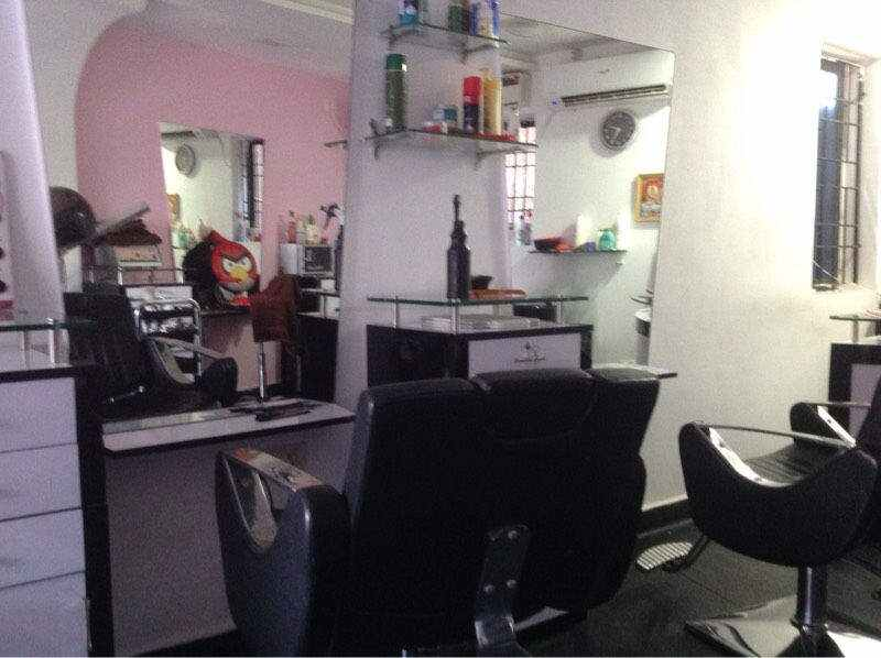 Men's Beauty Salon for Sale in Chennai
