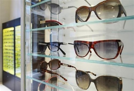 A chain of profitable optical retail stores for sale in Mumbai