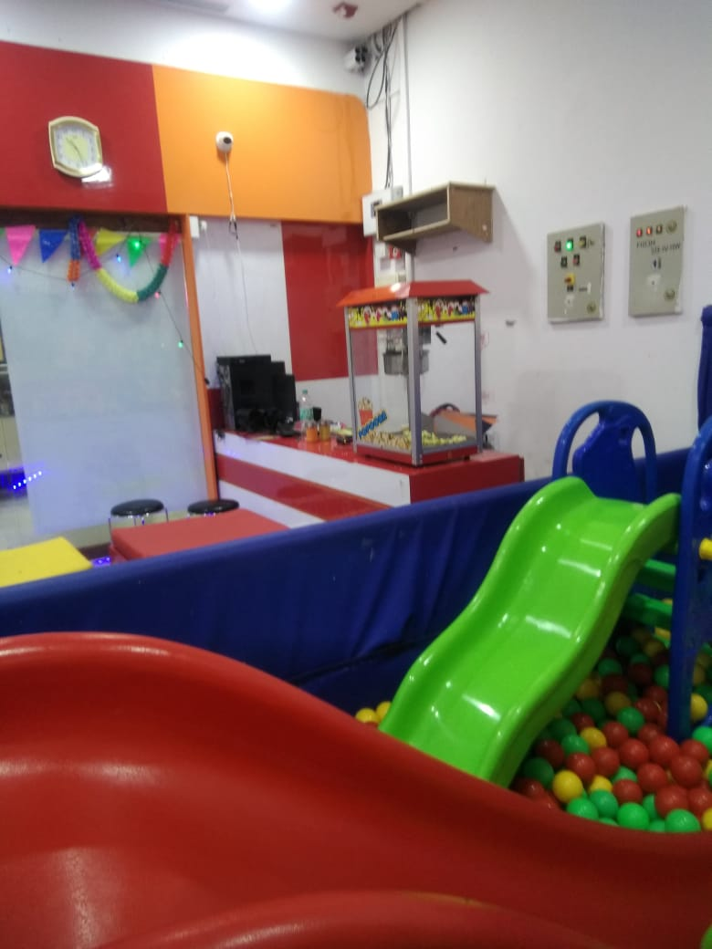 5d Theatre with Children Play Equipment for Sale