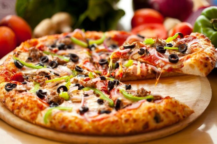 Laziz Pizza Franchise for Sale in Kandivali East Mumbai