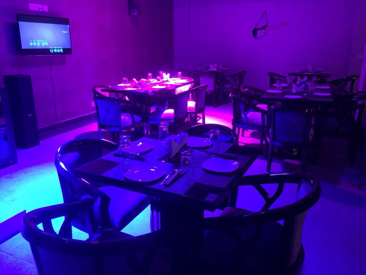 Karaoke Lounge for Expatriates for Sale in Gurgaon
