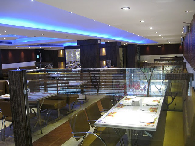Well known Centrally Air Conditioned Restaurant for Sale in Bangalore