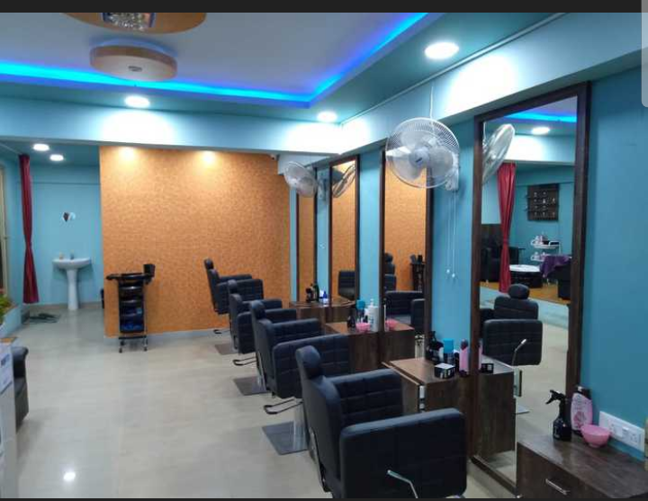 Fully Equipped Unisex Salon for Sale at Banaswadi Bangalore