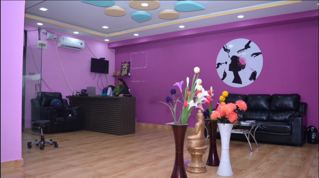 Newly Built Unisex Salon for Sale in Bangalore