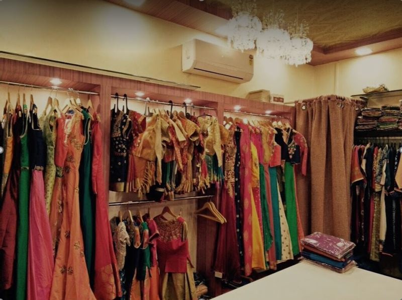 Women Ethnic Wear Retail Store in the Most Popular Locality of Pune Is for Sale