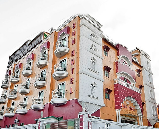 4 Star Hotel for Sale in Heart of City Agra