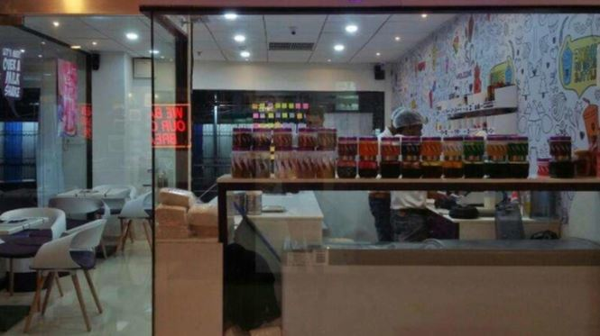 Profitable Shake Bar for Sale in Pune