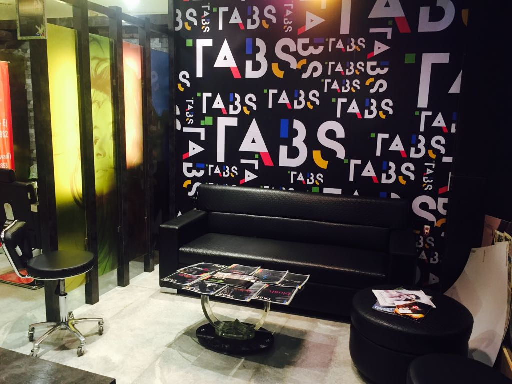Novel Mall of Salon Concept  Business for Sale in Mumbai