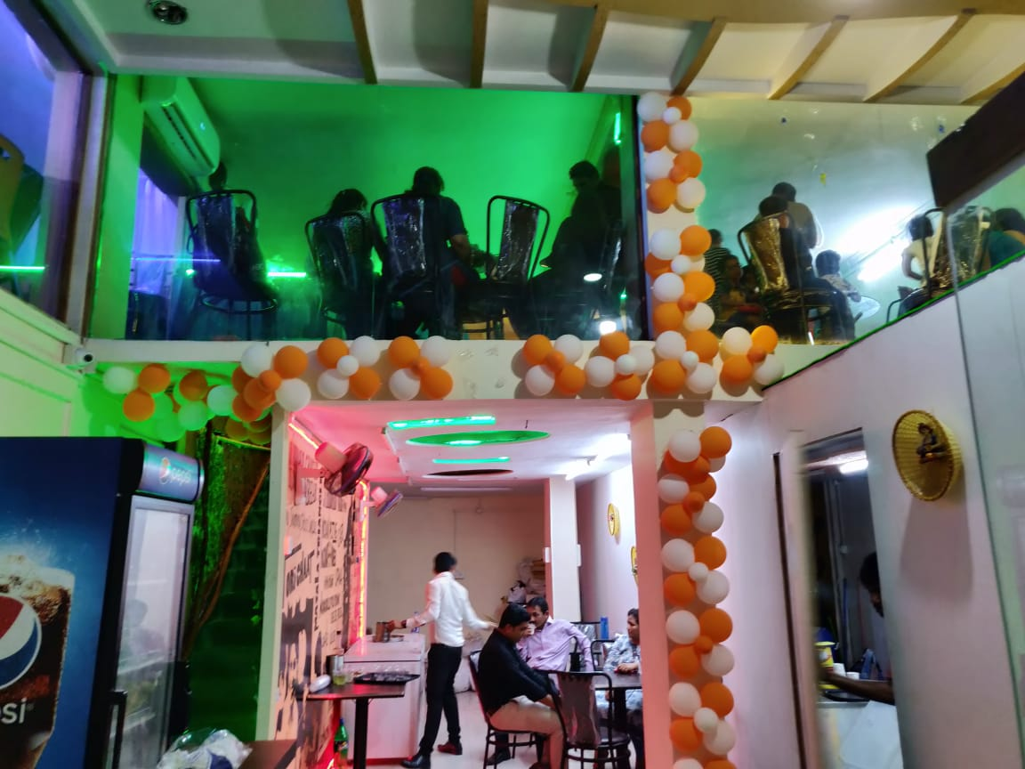 Very Well Furnished & Vibrant Multi Cuisine Restaurant for Sale in Bhiwandi