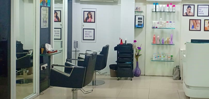 Successfully Running Branded Beauty Salon and Spa for Sale in Chennai