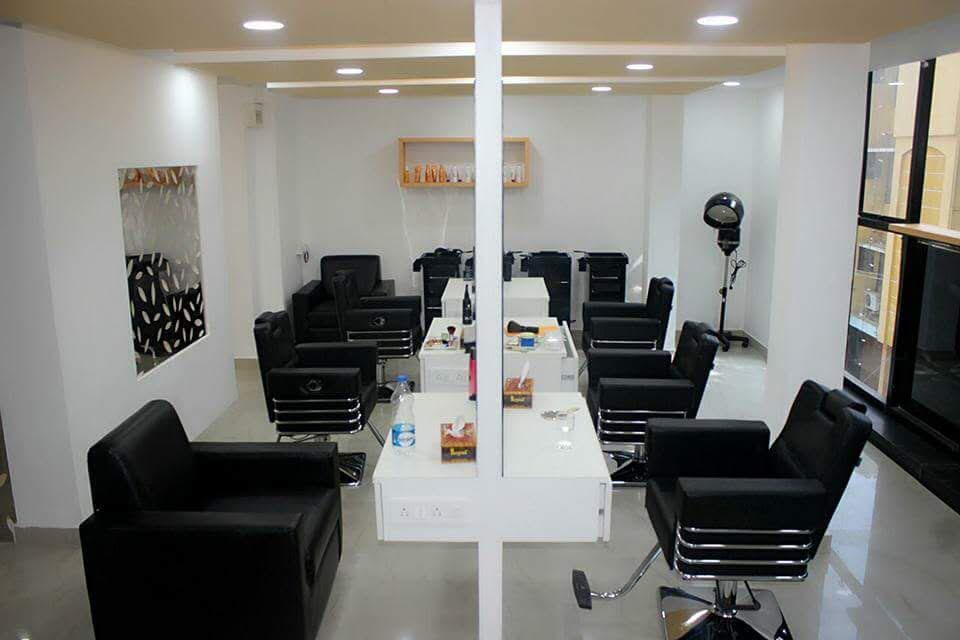 Well Established Luxurious Unisex Salon for Sale in Bengaluru