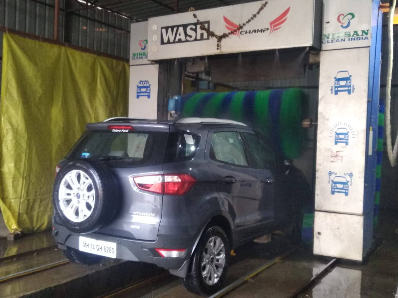 Fully Automatic Car Washing Center for Sale in Pune