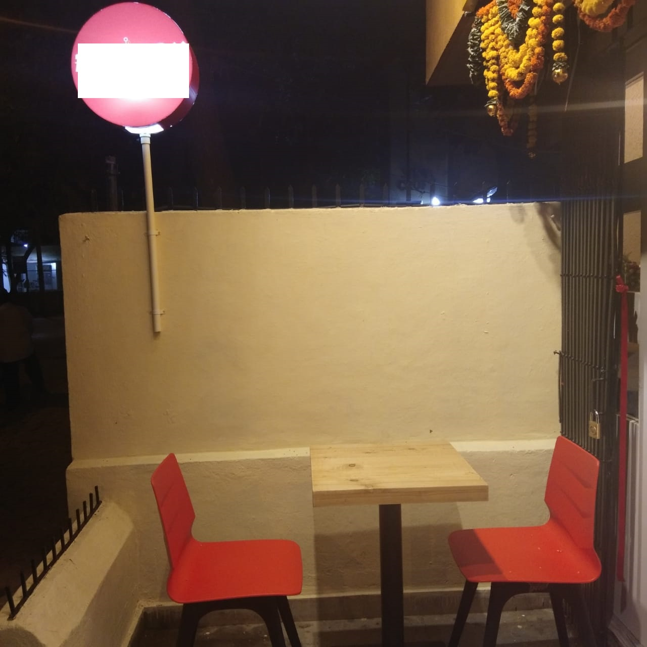 Running Well-Known Restaurant Business for Sale in Borivali Mumbai