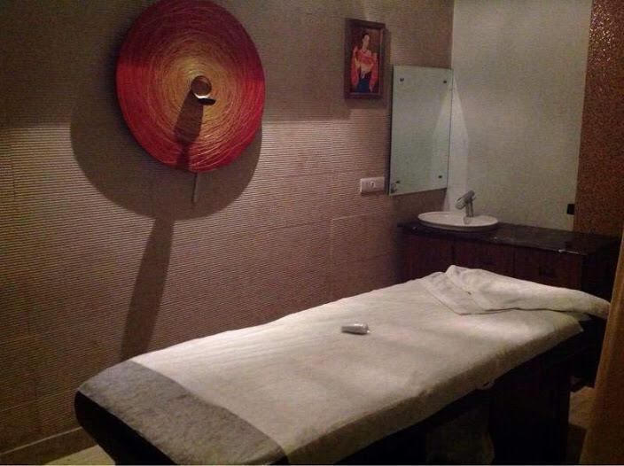 Spa for Lease or Sale in Pitampura Delhi