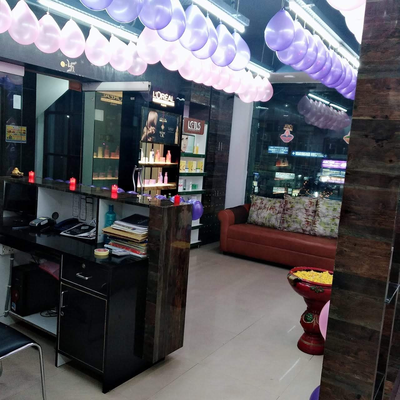 Fully Operational Professional Family Salon for Sale