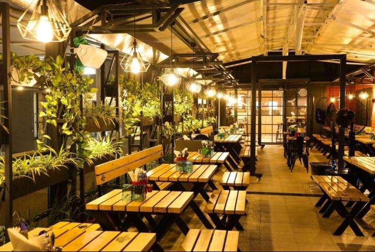 Restaurant and a Bar for sale in Pune