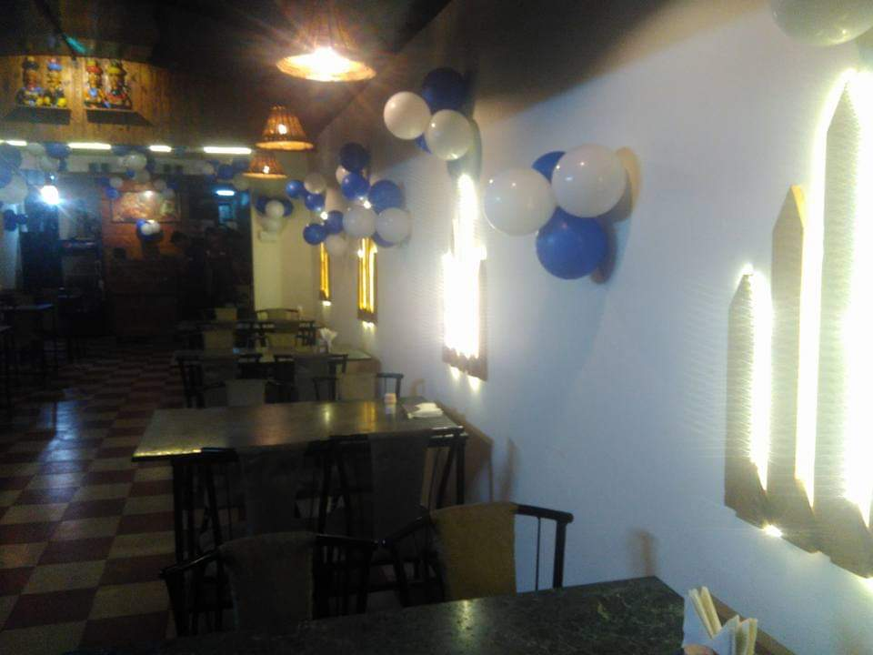 Running restaurant in Pune is available for lease or full sale