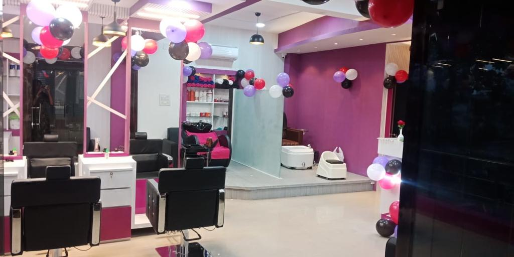 Best in class Salon for sale in Bhubaneswar