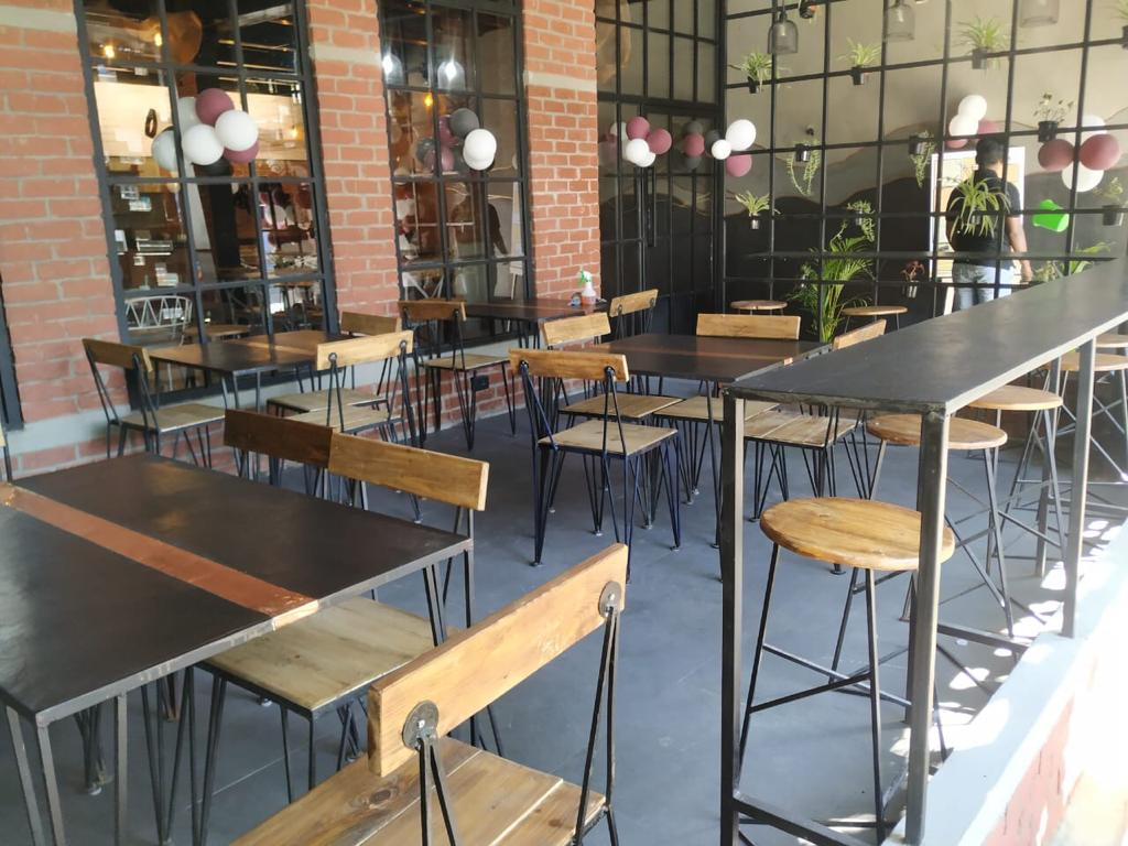 Newly Opened Running Cafe for sale in Bangalore