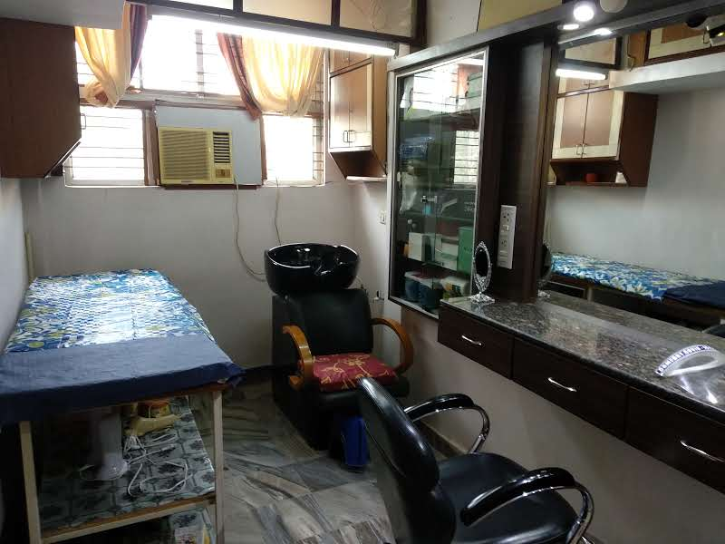 Renowned beauty salon including commercial space with established clientele of 3 decades for sale.